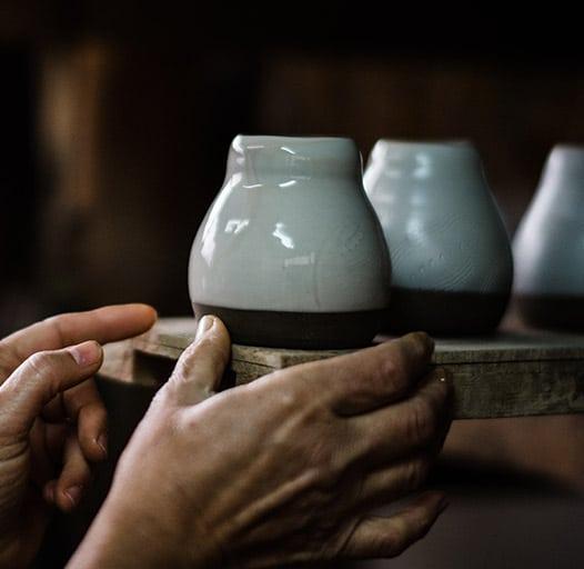 ceramic beeing sorted in shelf