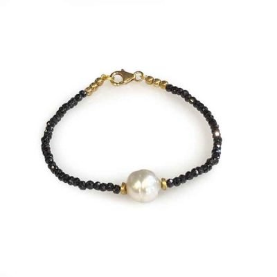 Bracelet-with-black-spinel-pearl