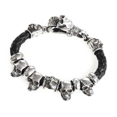 bracelet silver skull clasp and skull beads