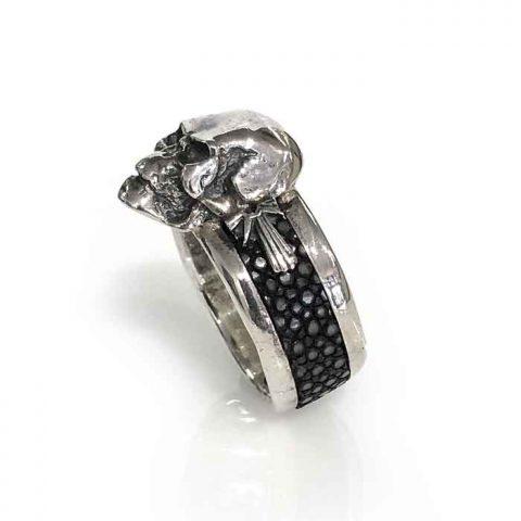 ring silver skull sting ray band