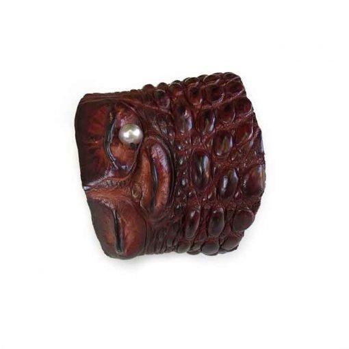 Crocodile cuff bracelet wit Tahitian pearl