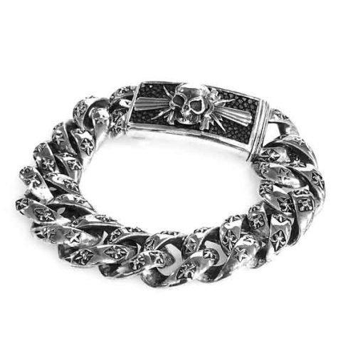 Bracelet silver stingray skin on clasp with skull