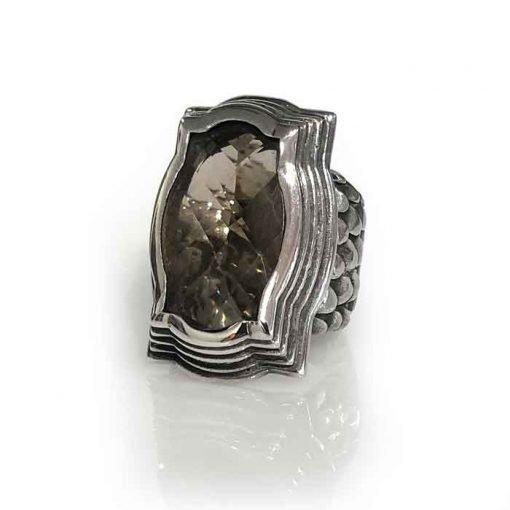 Ring Baroque featuring a smoky quartz checker dragon scale band in silver