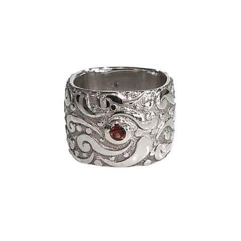 Ring Evolution silver polished square band stone Garnet