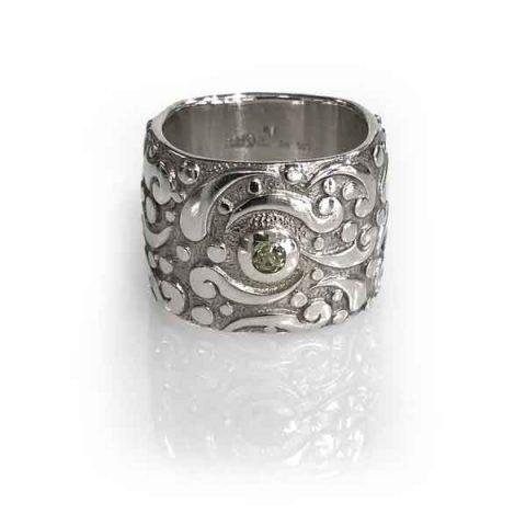 Ring Evolution silver polish square band stone peridot size