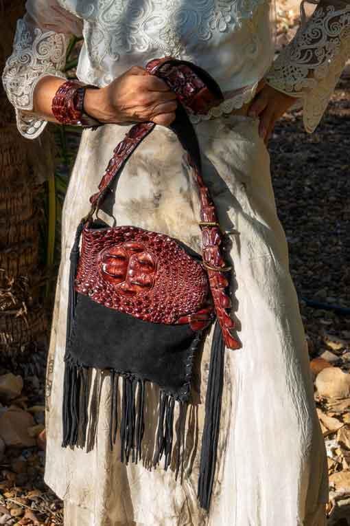 Model-wearing-crocodile-bag